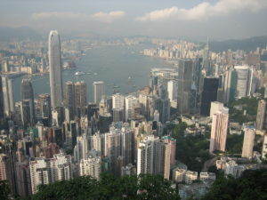 View from Victoria Peak: Photo by Georgio - Skyline of Hong Kong (2005) / CC BY2.0